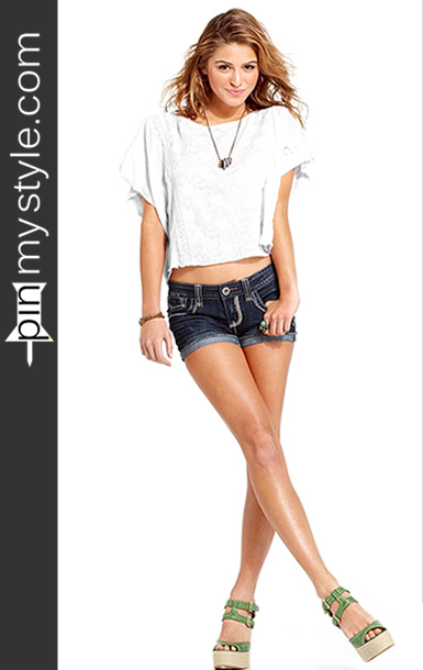 Womens Cute White Crochet Crop Top and Shorts
